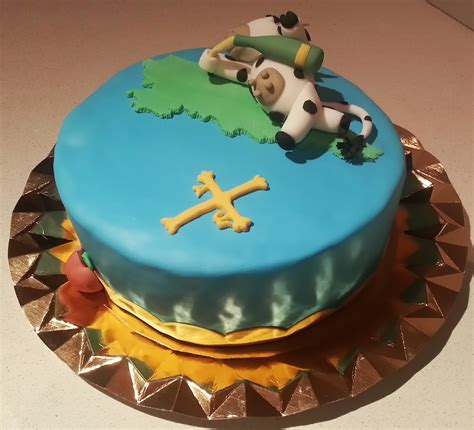 Naia s Sweet & Cakes: Cumpleaños Asturiano para Julian