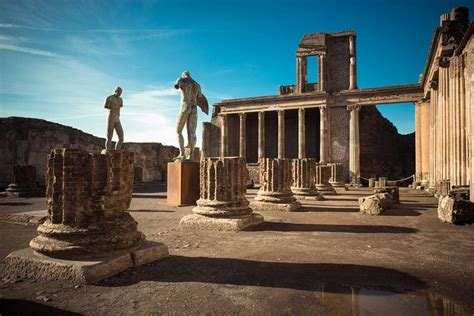 Naples and Pompeii: Full Day Tour from Rome with Lunch 2019