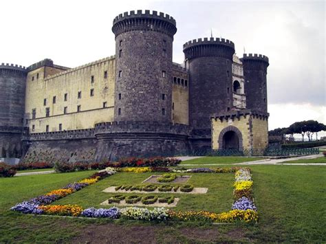 Naples Pictures | Photo Gallery of Naples   High Quality ...