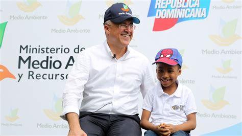 NB: Niños del CAID inauguran Mes de la Reforestación en ...