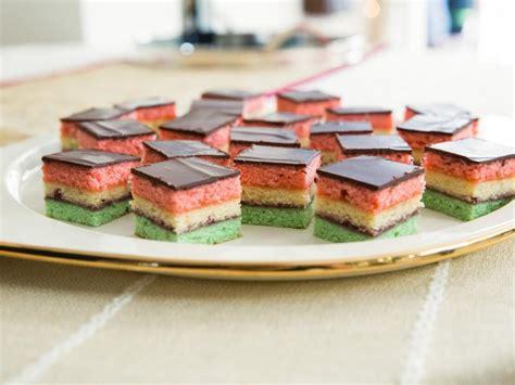 Neapolitan Holiday Cookies Recipe | Valerie Bertinelli ...