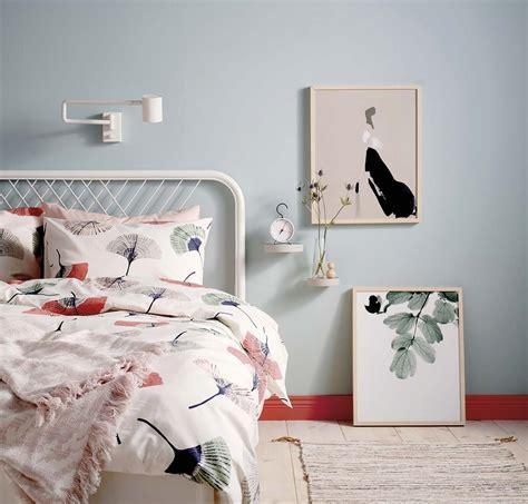¿Necesitas renovar tu dormitorio? en 2020 | Banco blanco ...