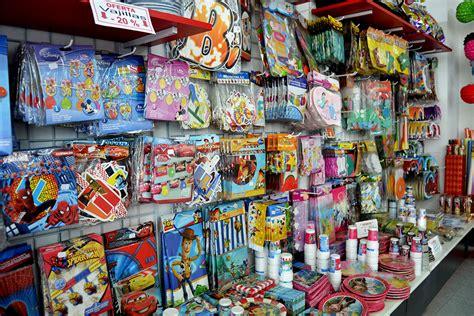 Negocio: Tienda de artículos para fiestas | EmprendedoresTV