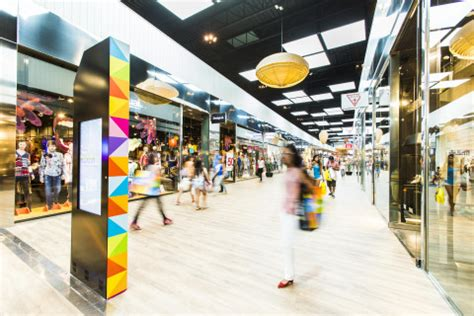 NEINVER refurbishes the outlets in Madrid to join them up ...