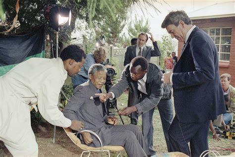 Nelson Mandela: A Life in Photographs | Mandela, Nelson ...