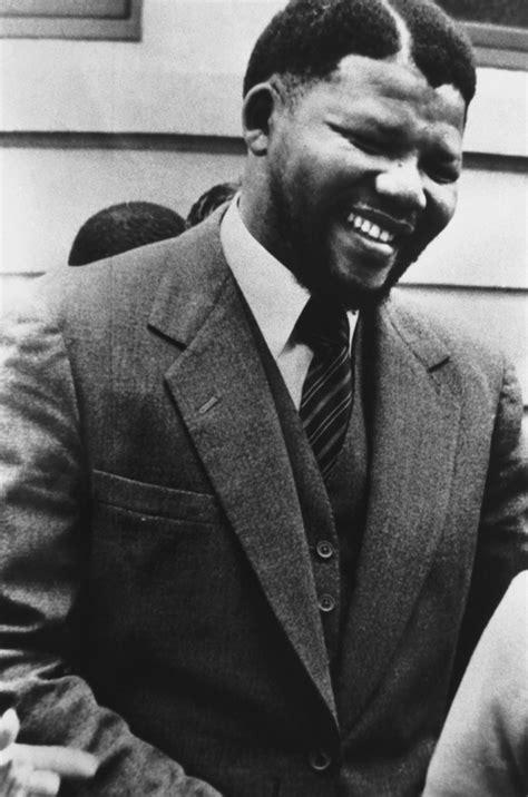 Nelson Mandela: A Life in Photos   Biography.com