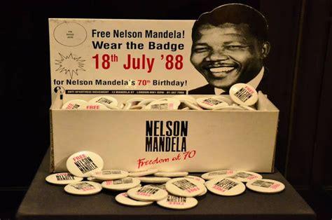 Nelson Mandela: A Tribute in Art ~ Kuriositas