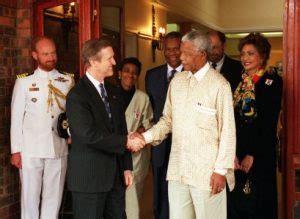 Nelson Mandela biografia corta   PreparaNiños.com