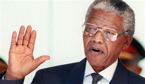 Nelson Mandela: Biography, Essay, Article, Short Note, Story