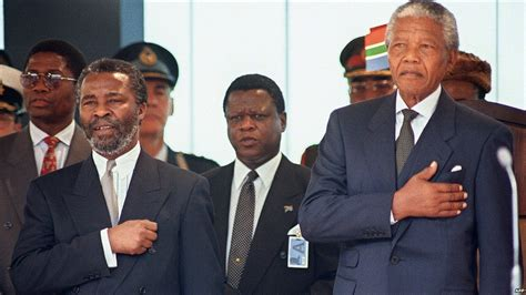 Nelson Mandela death: A life in pictures   BBC News