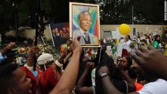 Nelson Mandela death: World mourns South Africa s former ...