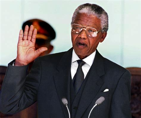 Nelson Mandela: Images of an Icon