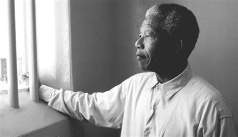 Nelson Mandela in prision   Hours TV