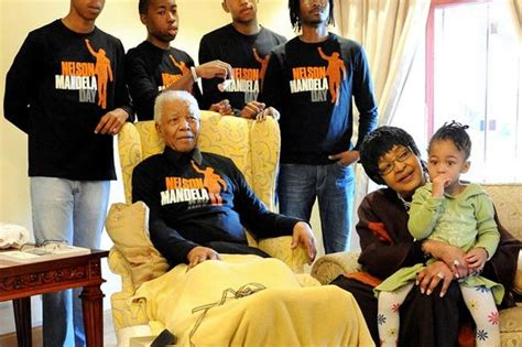 Nelson Mandela life story to be turned into TV series ...