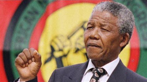 Nelson Mandela released from prison   Feb 11, 1990 ...