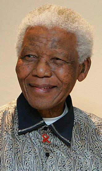 Nelson Mandela – Hollywood Life