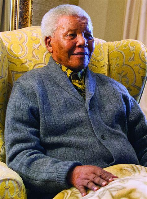 Nelson Mandela, South Africa's First Black President, Dies ...