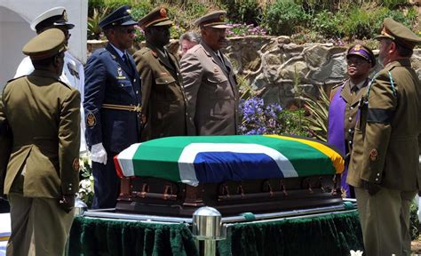 Nelson Mandela's funeral : arrival in Qunu – South Africa ...