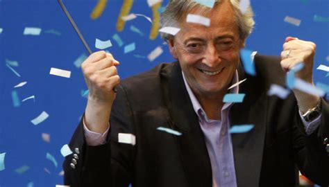 Nestor Kirchner presenta la Ley de Financiamiento ...