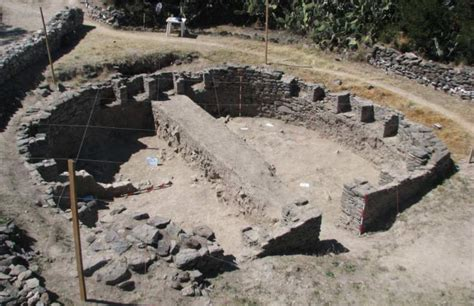 New archaeological finds uncovered at Wari complex in Peru ...