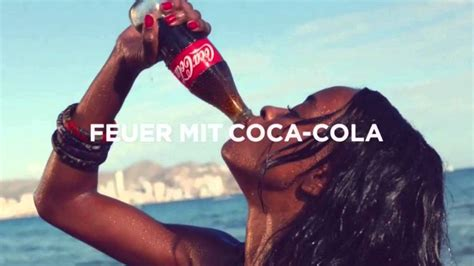 New Coca Cola Commercial Spot  taste the feeling  / neue ...