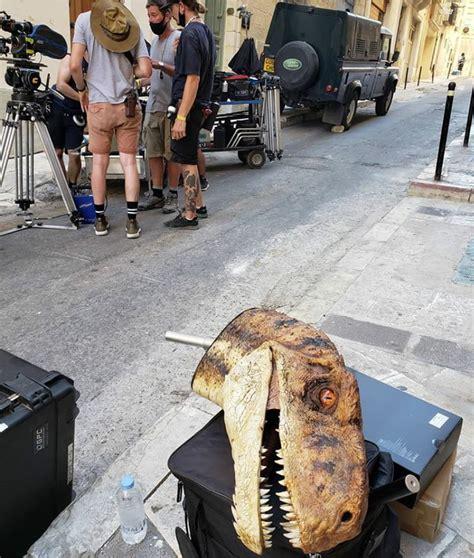New  JURASSIC WORLD: DOMINION  Set Photos Reveal New Dino ...