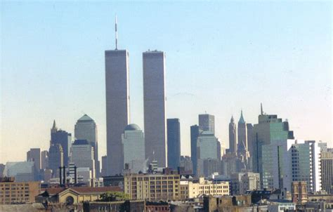 NEW YORK | Twin Towers of the WTC | 1368/1362 feet | 110 ...