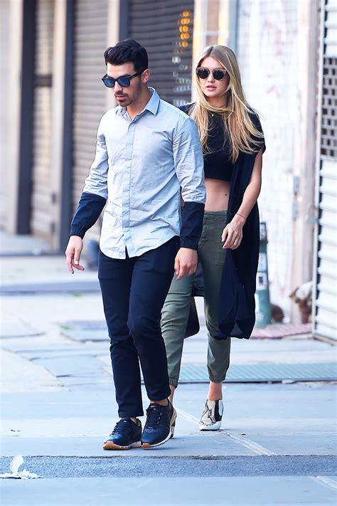 Nick Jonas Reveals His Thoughts On Joe Jonas Dating Gigi ...