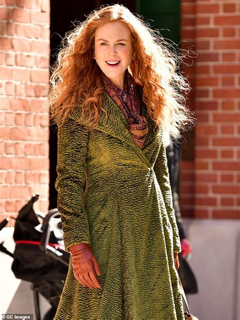 Nicole Kidman films a scene for HBO s The Undoing in NYC ...