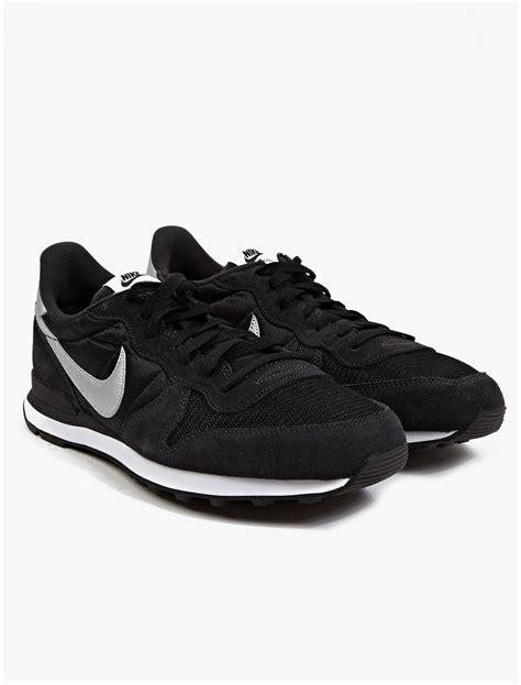 Nike Mens Black Internationalist Sneakers in Black for Men ...