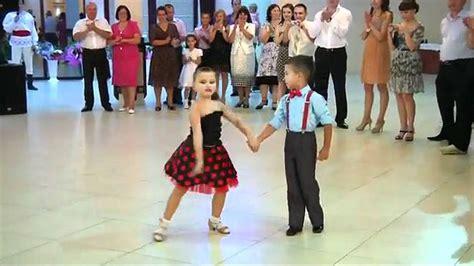 Niños Bailando   Kids Dancing   YouTube