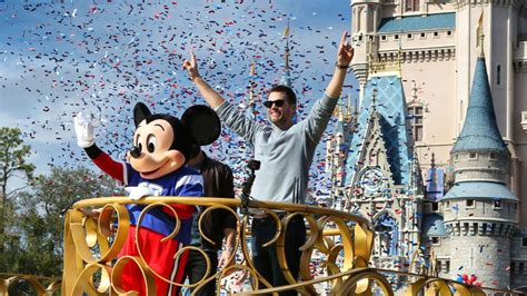 No parade with Mickey, but Disney commercial will air