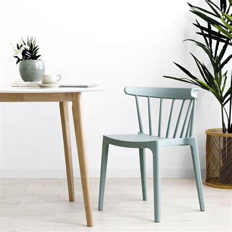 Nobu silla de plástico con respaldo de varillas verde en ...