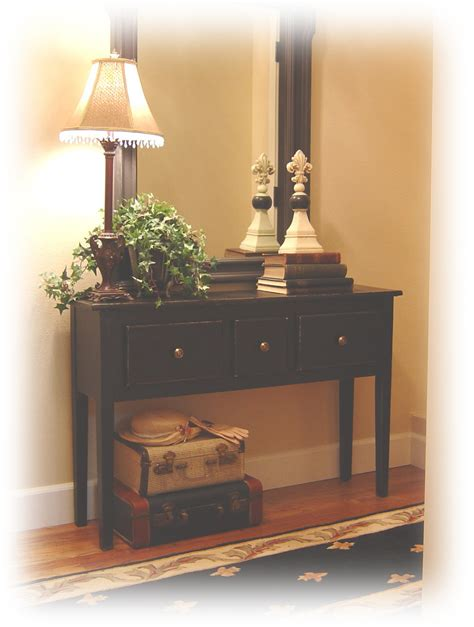 Notes from A Cottage Industry: new old entry table