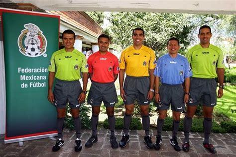 Notiarbitrosmundialhl: Presentaron nuevos uniformes de ...