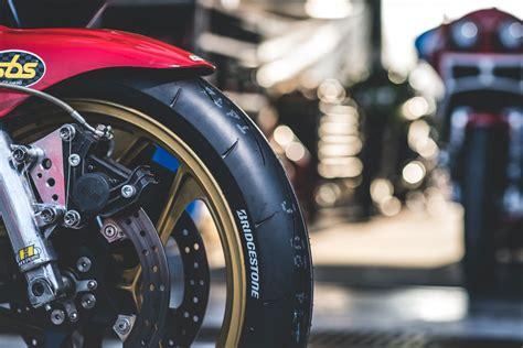 Novedades Bridgestone moto 2020
