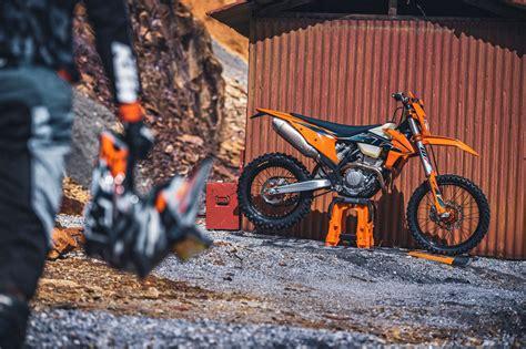 Novedades: Nueva gama KTM Enduro 2022   Moto1Pro