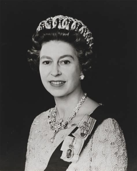 NPG x134731; Queen Elizabeth II   Large Image   National ...