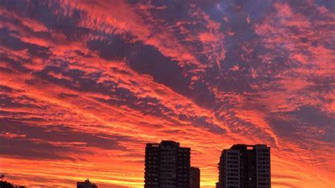 Nubes rojas en el atardecer : ¿A qué se debe? | Tele 13