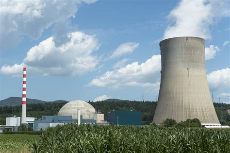 Nuclear may be critical for meeting Paris climate goals ...