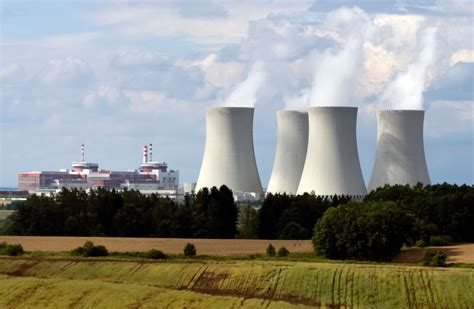 nuclear reactor | Definition, History, & Components ...