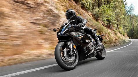 Nueva Yamaha R7