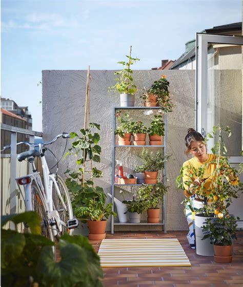 Nueve novedades de Ikea para decorar un pequeño balcón ...