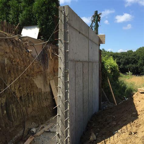 Nuevo muro de contención de tierras en Betanzos  A Coruña ...
