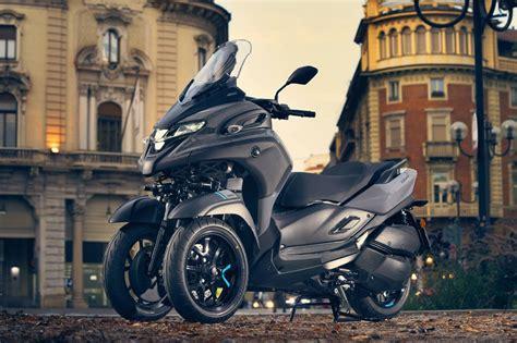 Nuevo Yamaha Tricity 300: scooter de tres ruedas sin carné ...