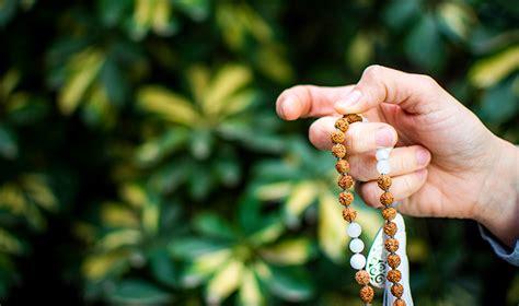 Nuevos mantras para meditar estos días con tu Japa Mala ...