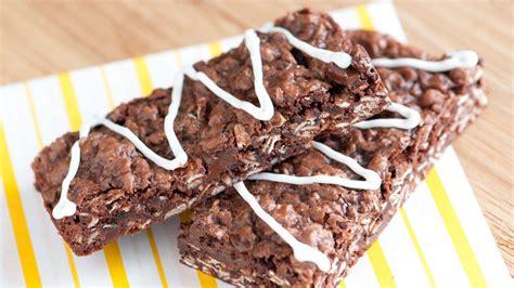 Oatmeal Brownie Bars recipe from Betty Crocker