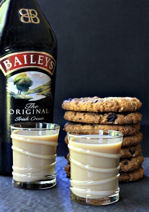 Oatmeal Cookie Shots   Mantitlement | Oatmeal cookie shot ...