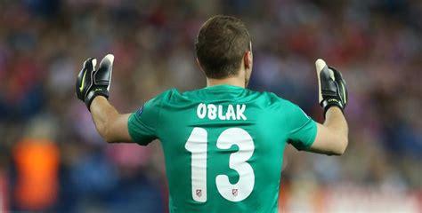 Oblak busca ser el mejor Zamora de la historia