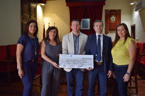 Obra social  La Caixa  dota al Ayuntamiento de Mula, de ...